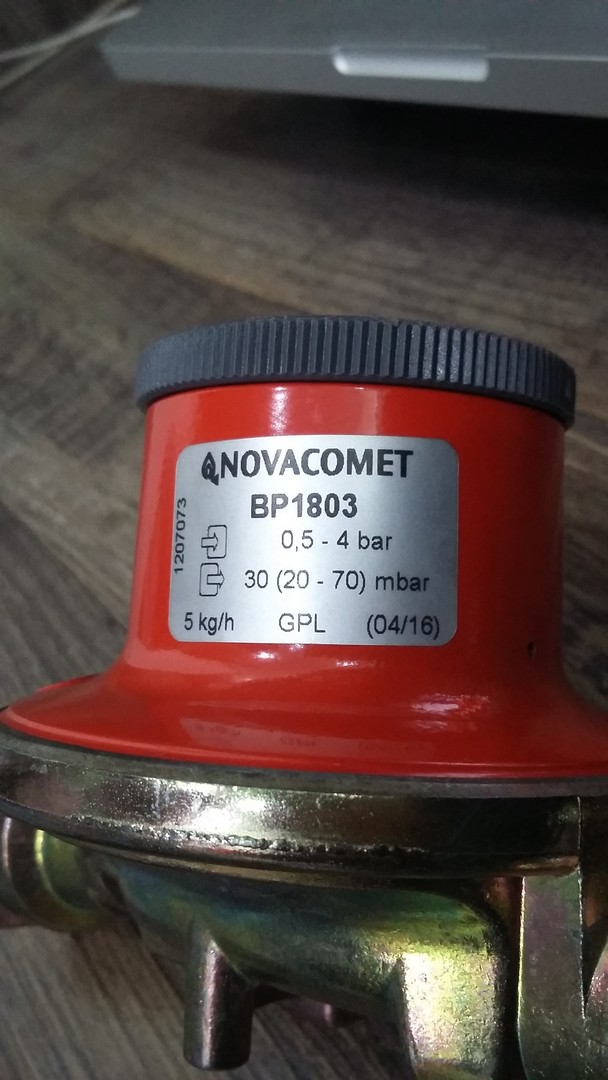 Lpg Gas Regulator Novacomet Bp1803 Buy Online